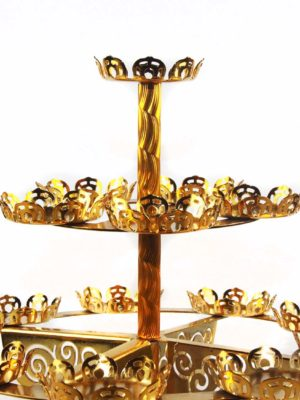 Fifteen Candles Lotus Holder Stand in Gold 2